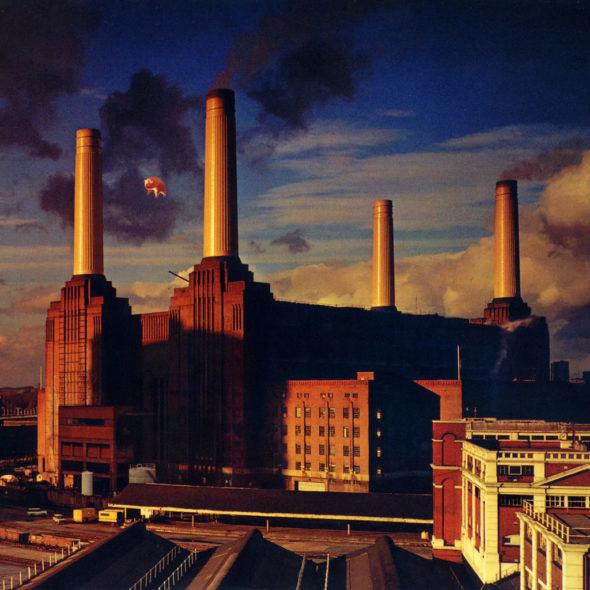 """Elektrownia Battersea na okładce płyty """"Animals"""" Pink Floyd. Źródło: Flickr"""