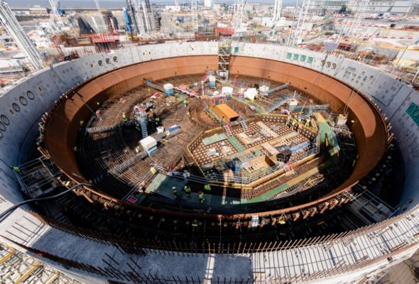 Fundament 2 reaktora Hinkley Pon
