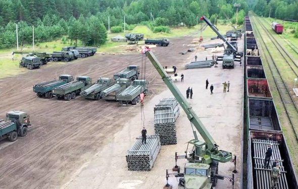 Wojska inżynieryjne podczas przygotowań do budowy na Krymie fot. MO