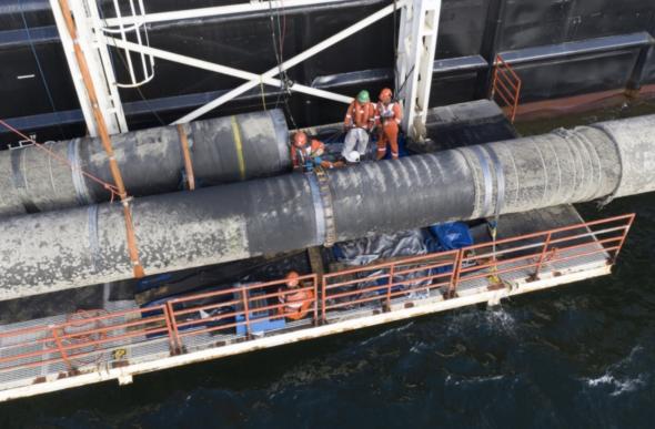 Castoro 10 podczas operacji AWTI fot.Gazprom