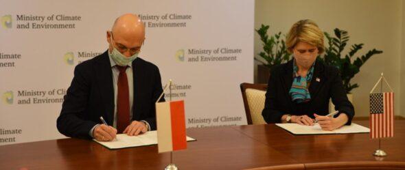 Polsko-amerykańskie porozumienie o współpracy przy finansowaniu projektów wspierających transformację klimatyczną. Fot.: Ministerstwo klimatu i środowiska