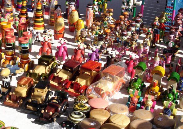 Zabawki. Źródło Wikicommons