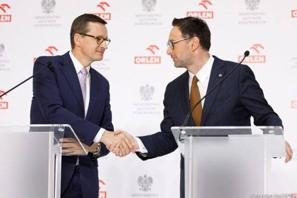 Premier Mateusz Morawiecki i prezes PKN Orlen Daniel Obajtek. Fot. KPRM