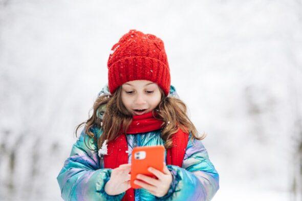 telefon komórka telekomunikacja smartfon 5G