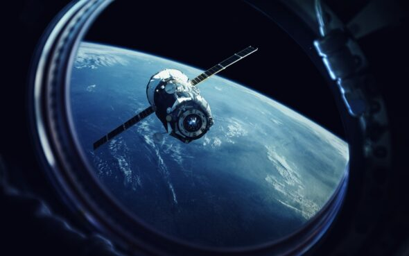 Satelita Freepik