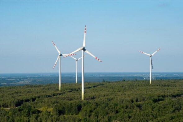 Farmy wiatrowe na Górze Kamieńsk Fot.PGE EO
