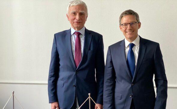 Doradca szefa dyplomacji USA, Derek Chollet spotkał się dzisiaj m.in. z Piotrem Naimskim, pełnomocnikiem rządu ds. strategicznej infrastruktury przesyłowej. Fot. Ambasada USA w Polsce.