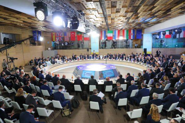Rozmowy o Nord Stream 2 w kuluarach Platformy Krymskiej