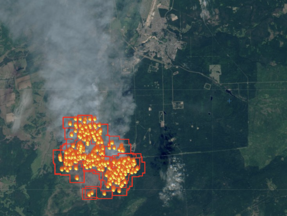 Pożar Mordowskiego Rezerwatu na granicy miasta Sarow fot. Sentinel
