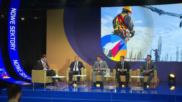 """Panel """"Wodór i magazynowanie energii"""" na Kongresie 590. Fot. BiznesAlert.pl"""