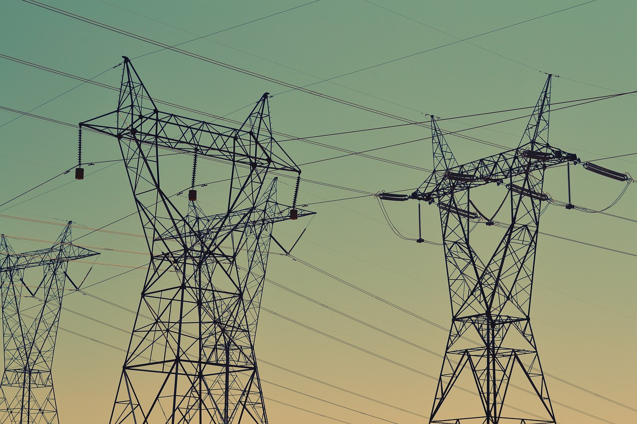 Электроснабжение в четырех районах восстановлено, потребители запитаны по штатной схеме