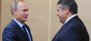 Władimir Putin i Sigmar Gabriel w Moskwie. Źródło: Gazprom