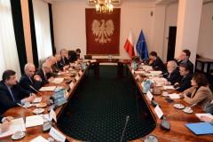 Komisarz Canete na spotkaniu z rządem RP