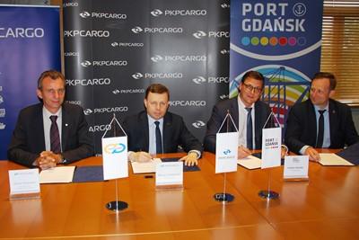 pkp cargo port gdańsk