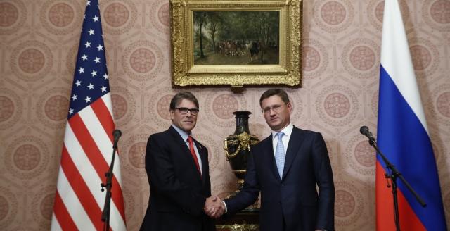 Rick Perry i Aleksander Nowak