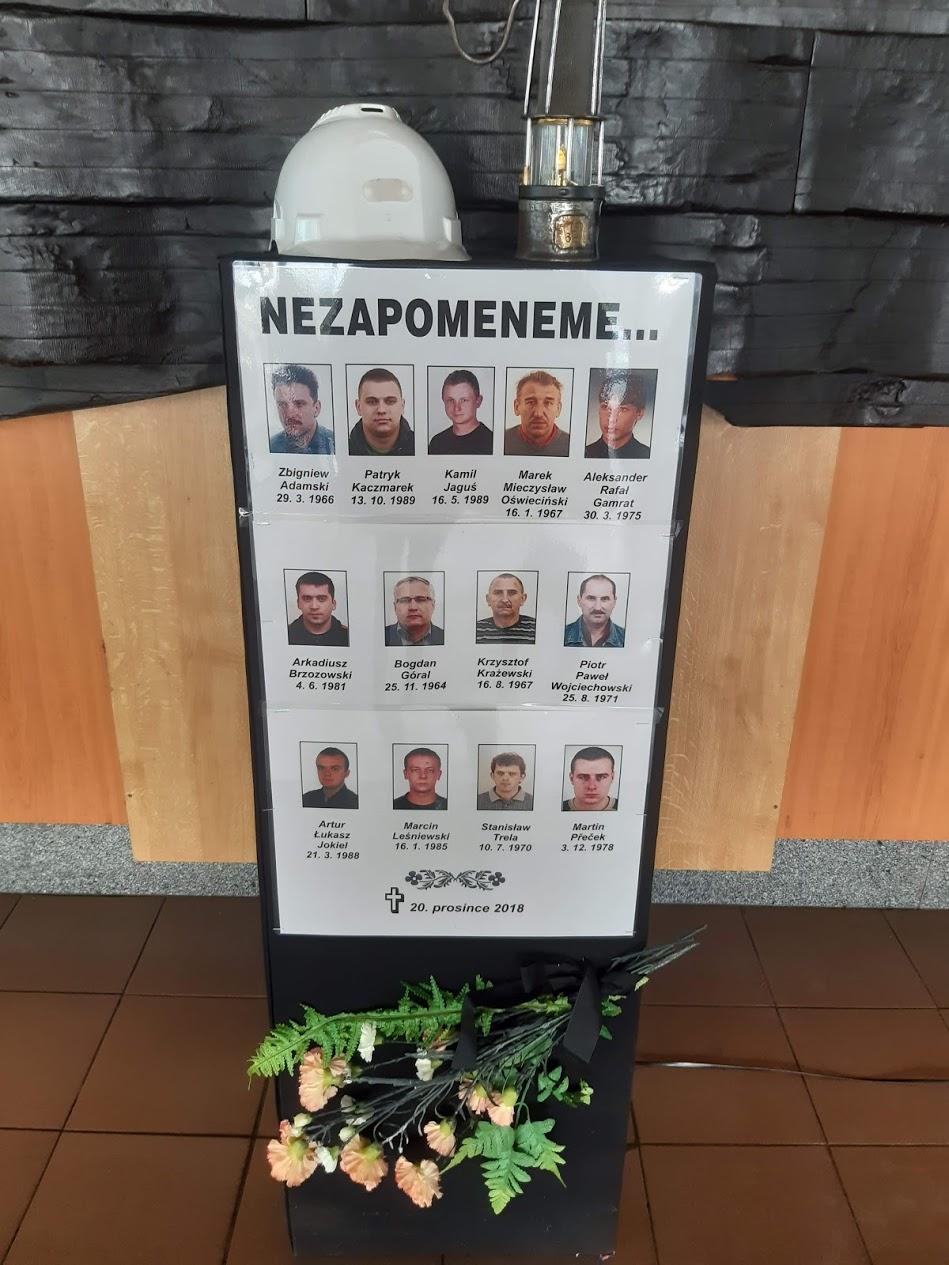 Tablica upamiętaniająca ofiary w Stonawie. Fot. Karolina Baca-Pogorzelska/BiznesAlert.pl