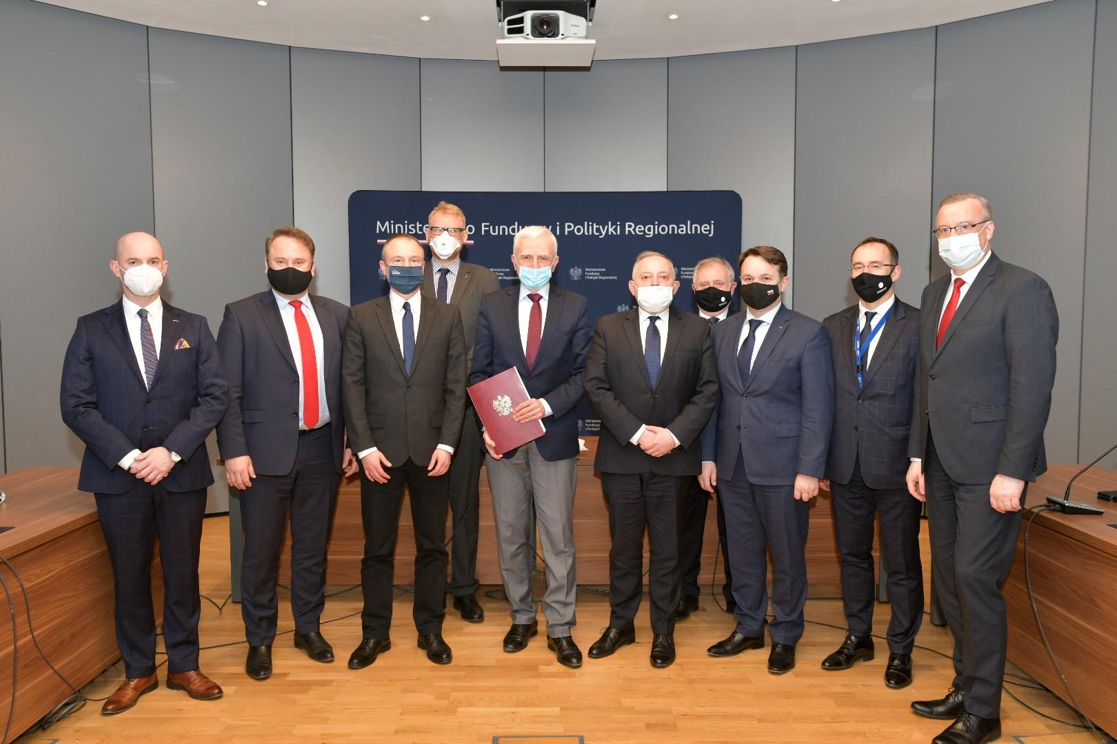 Podpisanie umowy sprzedaży PGE EJ 1. Fot. PGE