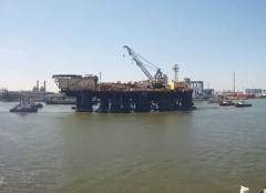 Castoro Sei w kanale Rotterdamskiego portu fot. Mariusz Marszałkowski/WEBCAM