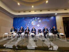 Panel o gazie w Karpaczu. Fot. Wojciech Jakóbik/BiznesAlert.pl