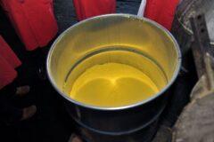 Koncentrat uranu. Fot. Wikimedia Commons